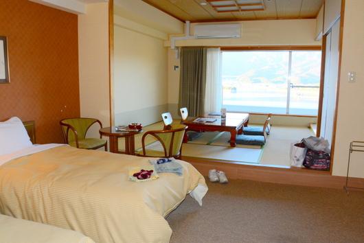 1-19.12.03 ホテル1005号室-1.jpg